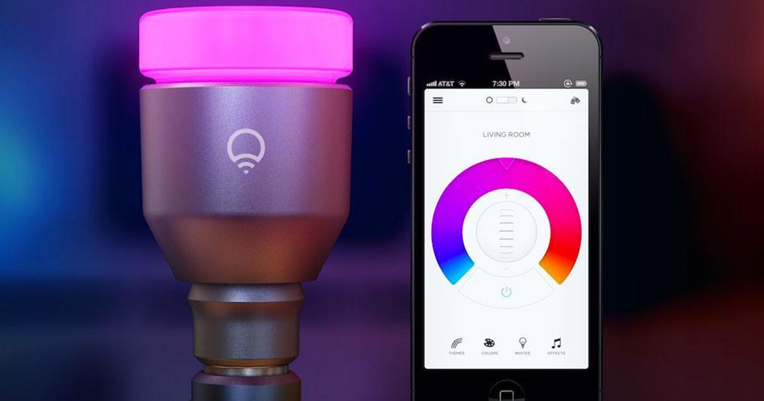 ampoule connect e comment marche une ampoule connect e. Black Bedroom Furniture Sets. Home Design Ideas